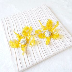 Lele Sadoughi Crystal Lily Earrings in Yellow